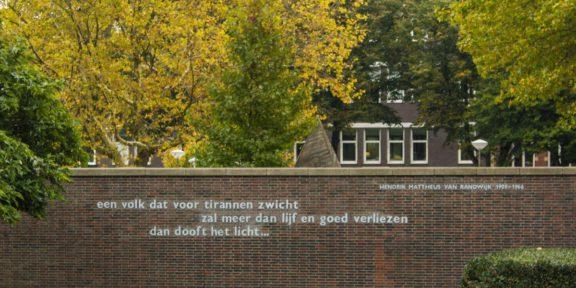 Poëzie, dichtregels, Amsterdam, Henk van Randwijk