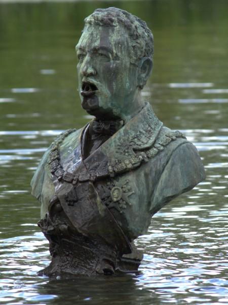 Spitting leaders, Fernando Sánchez Castillo, Arnhem