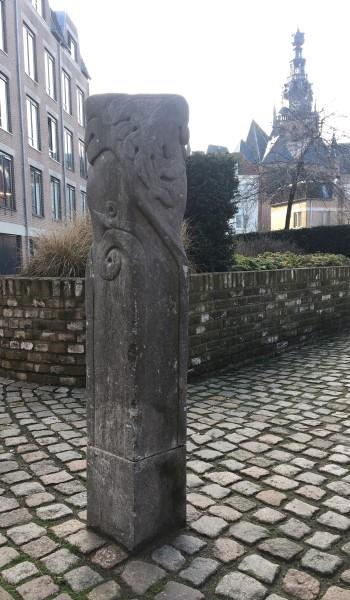 Peter H. van de Locht, Nijmegen, afsluitpaal
