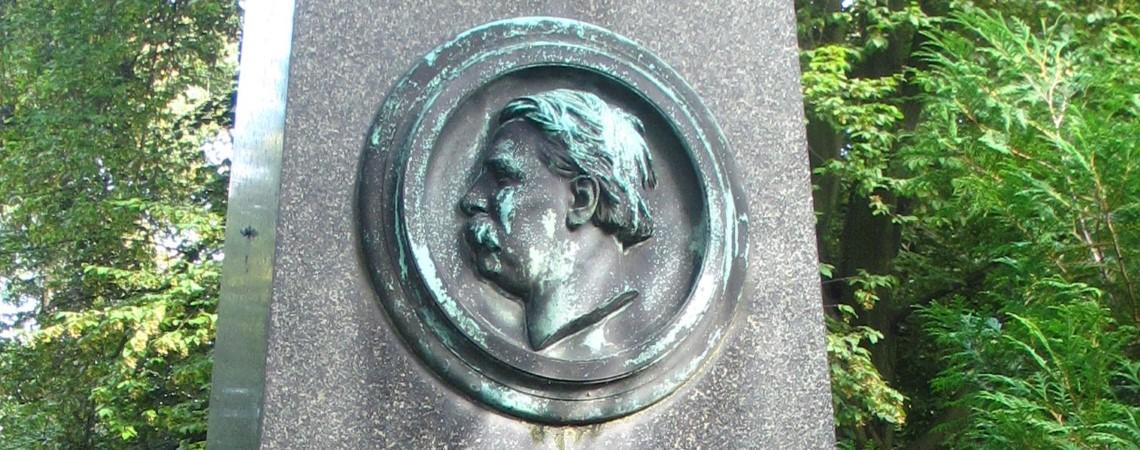 https://www.dorsoduro.nl/wp-content/uploads/2021/02/Grab-Moritz-Schwind-Alter-Suedl-Friedhof-Muenchen-GF-16-9-43-44-1_InPixio.jpg