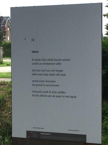 Gaten, gedicht van Bianca Boer, gevonden in Kranenburg